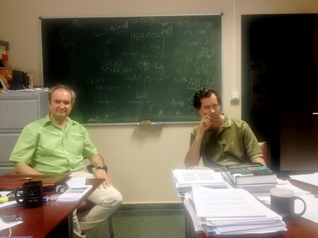 Juan Antonio Aguilar y Manuel Pérez-Victoria.