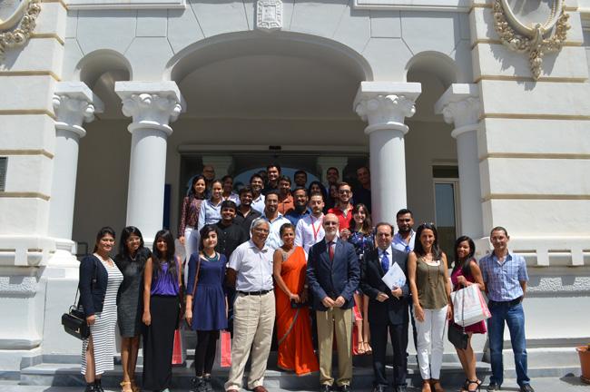 estudiantes-india-upct