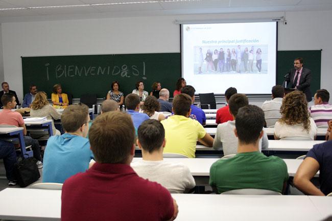 bienvenida-estudiantes-linares-uja
