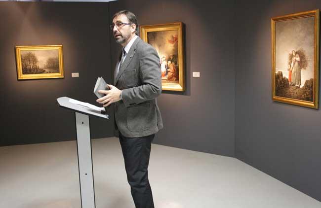 El rector ha inaugurado la exposición.