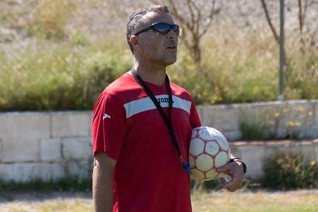 Óscar Felipe Larralde.