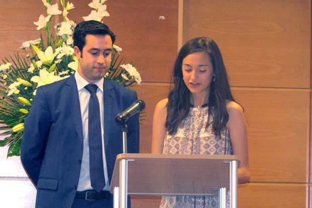 Dos de los alumnos del Máster en Ingeniería Industrial de la UJA.