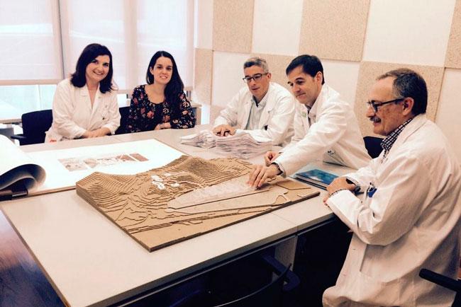 María Pérez y el resto de investigadores implicados en el proyecto.