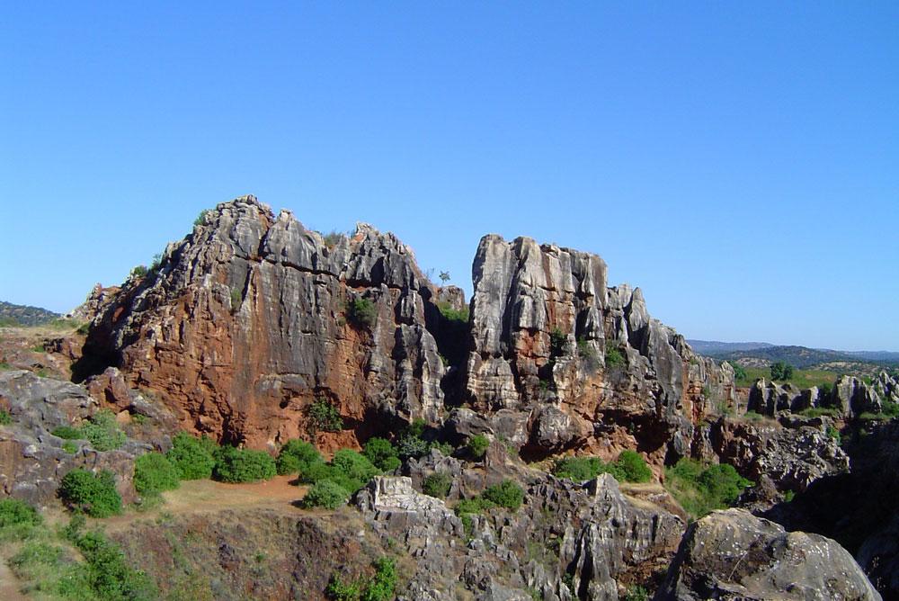 Cerro del Hierro, en el Geoparque de la Sierra Norte de Sevilla.