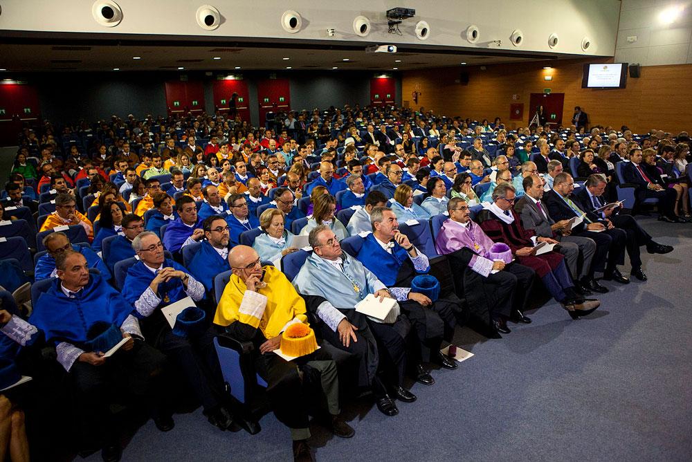 Aspecto del Aula Magna en el acto de Apertura de Curso.