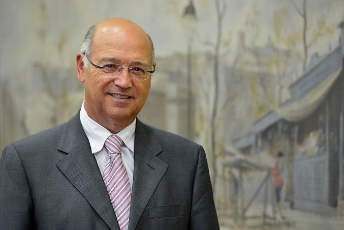 Ángel Gil, profesor de la UGR.