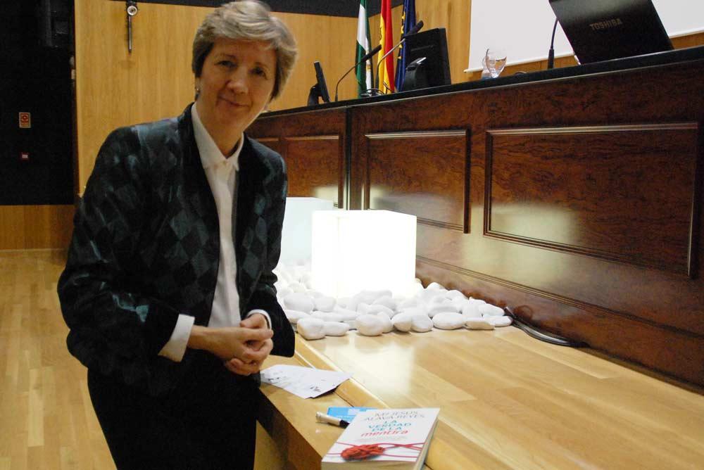 María Jesús Álava Reyes.