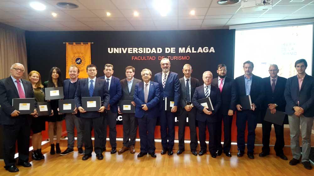 Premiados por la Facultad de Turismo de Málaga.