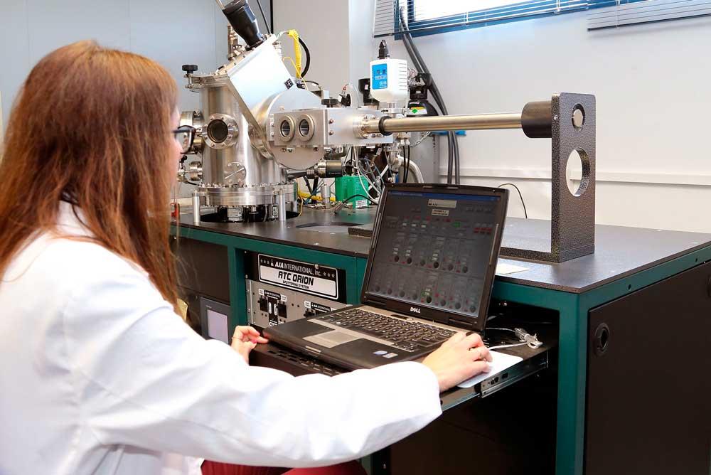 Evaluación del nuevo material para las placas solares.