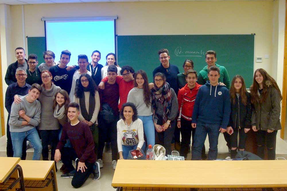 Alumnos participantes en la Olimpiada de Geología de la UJA.