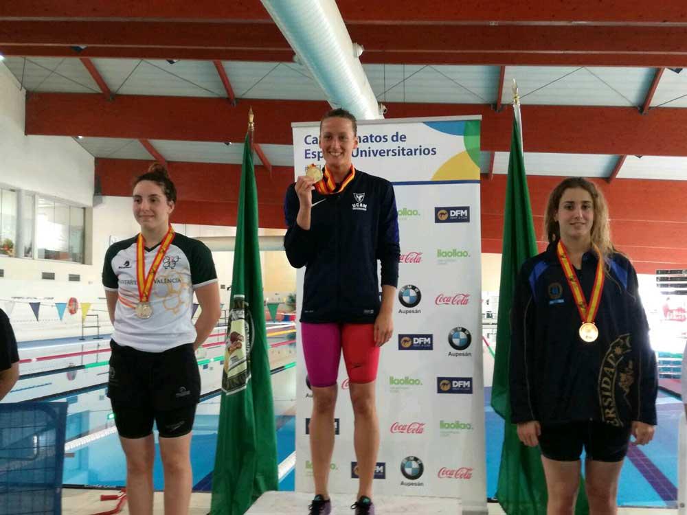 Mireia Belmonte gana el Oro.