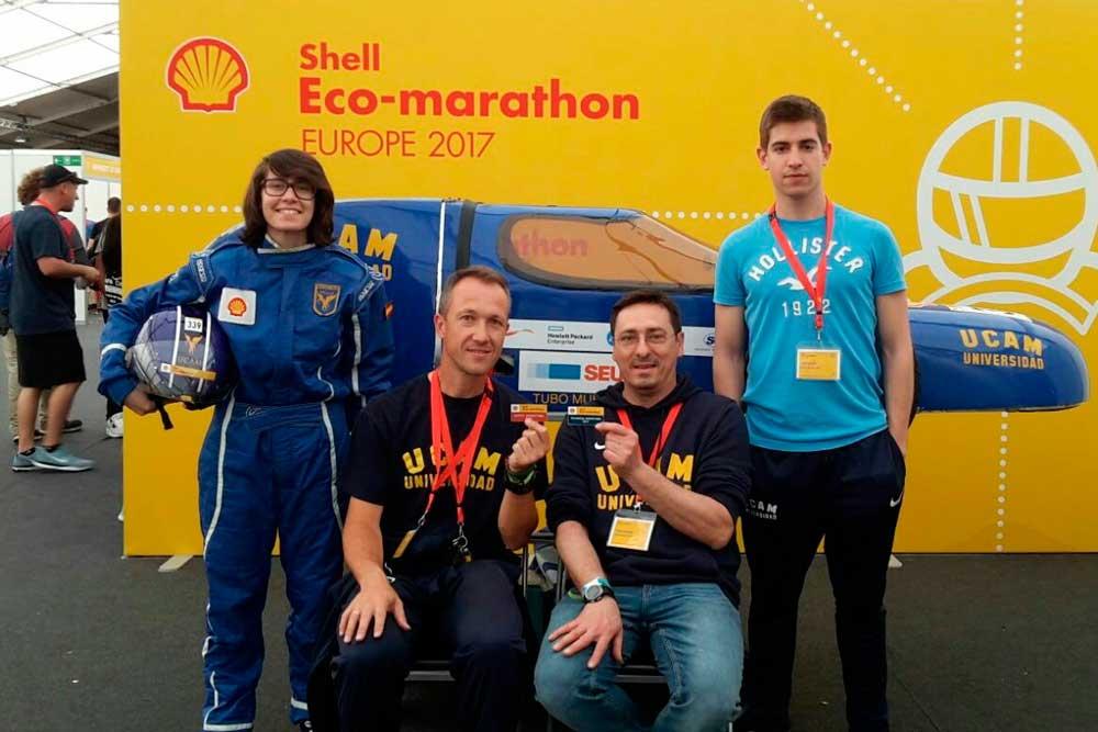El UCAM Racing Team en la Shell Eco-Marathon de Londres.