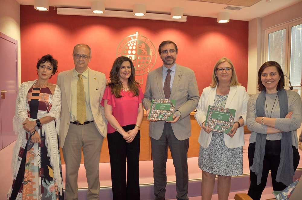 Presentación del libro '25 años de Estudios Ingleses en Jaén'.
