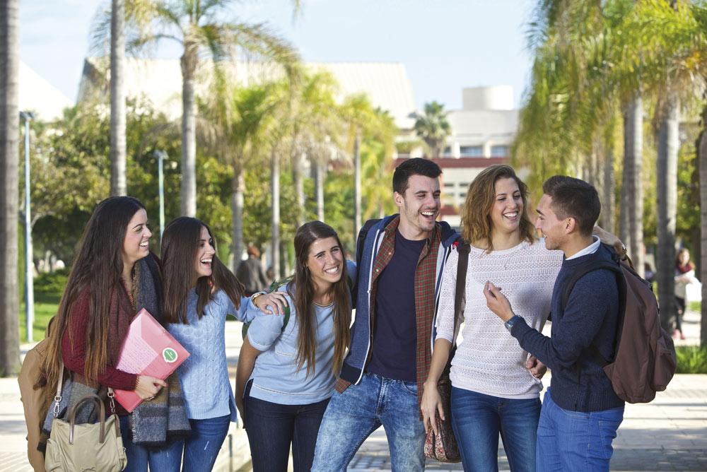 Estudiantes de la Universidad de Alicante.