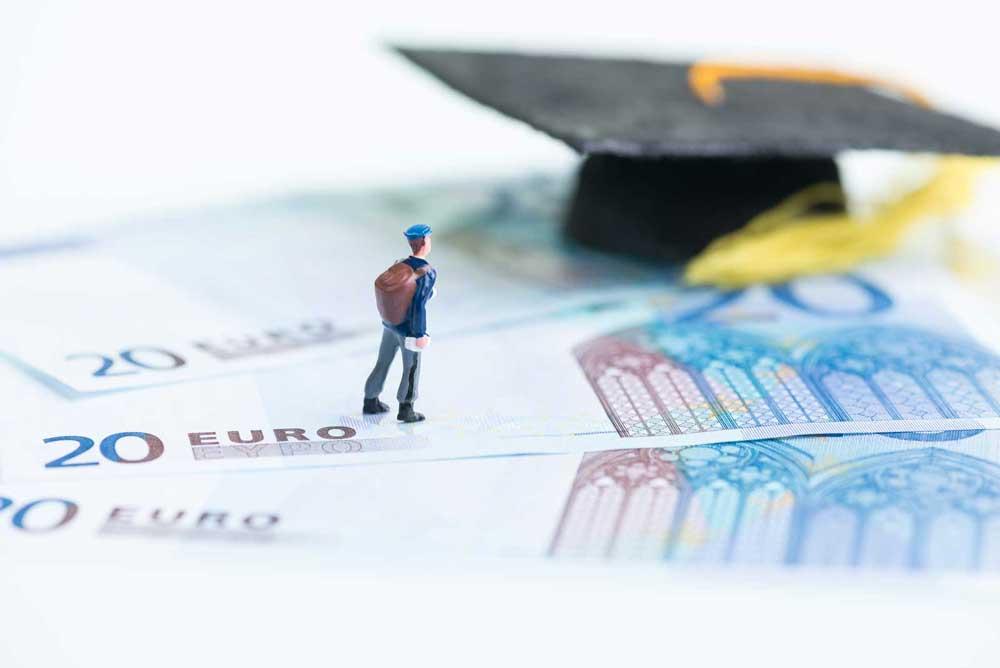 El acceso a las universidades públicas andaluzas será más económico.