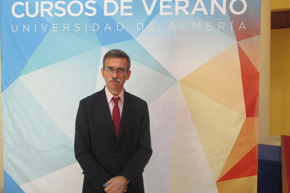 Carlos López Jimeno ha explicado el potencial de la energía geotérmica en Almería.