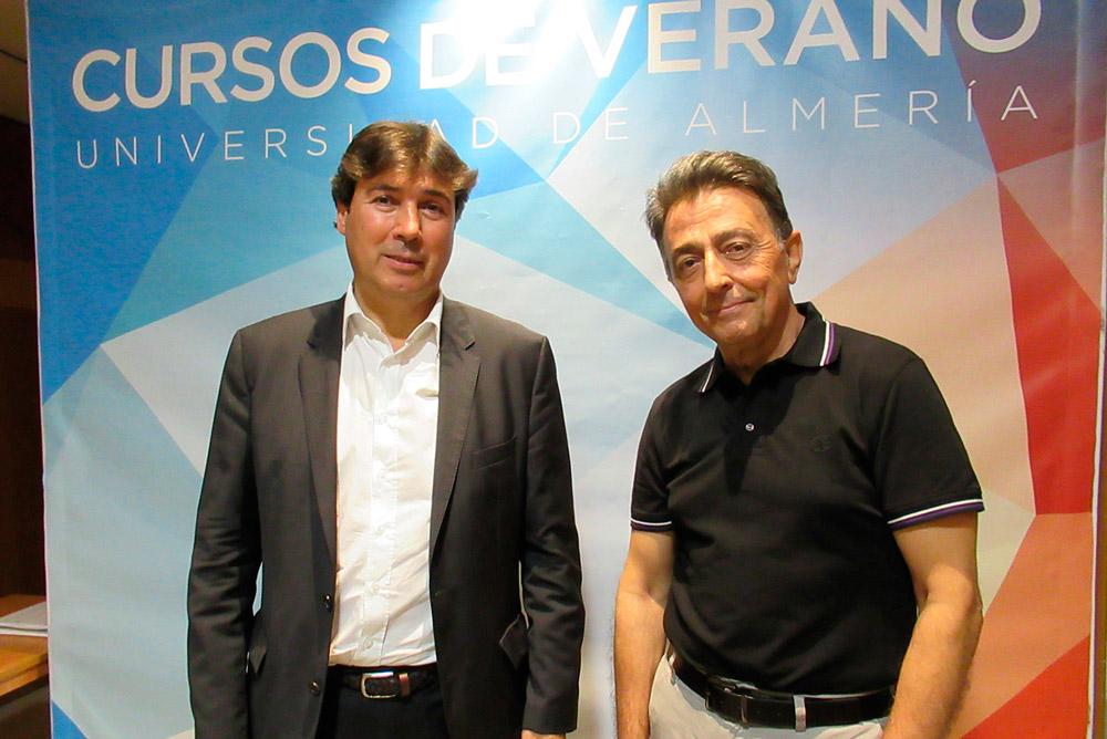 Jaimen González y Antonio Bayo han participado en el curso sobre la integración de Puerto-Ciudad.