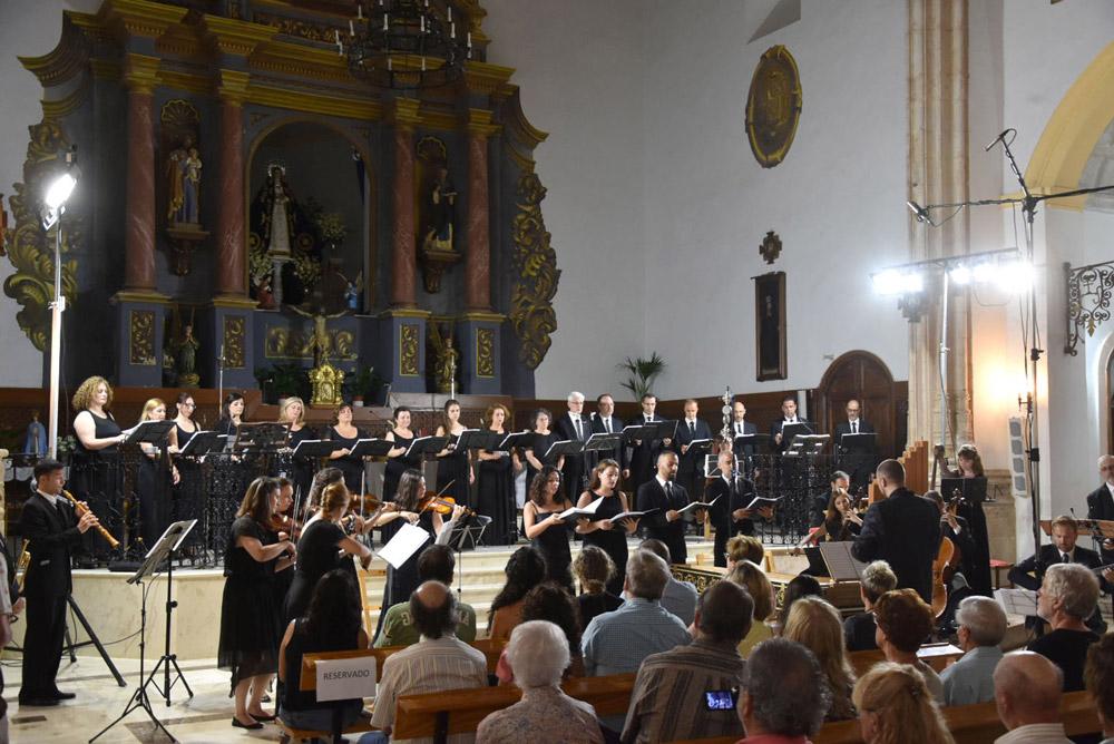 Actuación de El Parnaso Español en el Festival de Vélez Blanco.