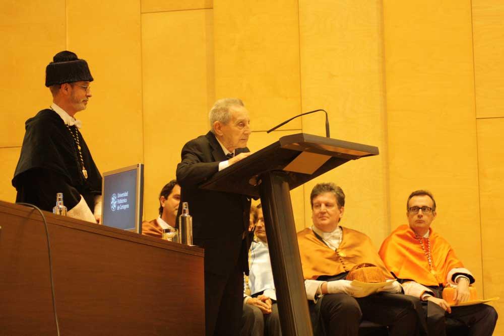 Juan Carrión, en un homenaje que le brindó la UPCT.