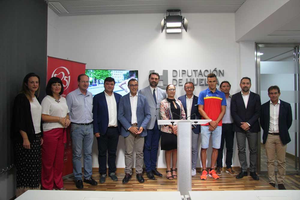 Presentación de la Copa del Mundo de Triatlón.