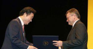 Antonio Doménech recibe la distinción de Corea.