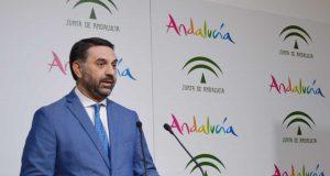 Consejero de Turismo andaluz.