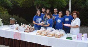 Voluntarios en este desayuno solidario de la UAL.