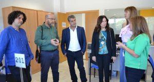 El rector ha visitado el Welcome Center de la UAL.