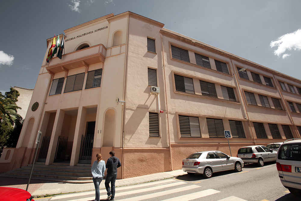 La Uja Cede La Antigua Escuela Politécnica De Linares A La