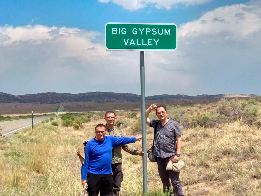 Investigadores de la UAL en un entorno de yesos ubicado en Colorado.