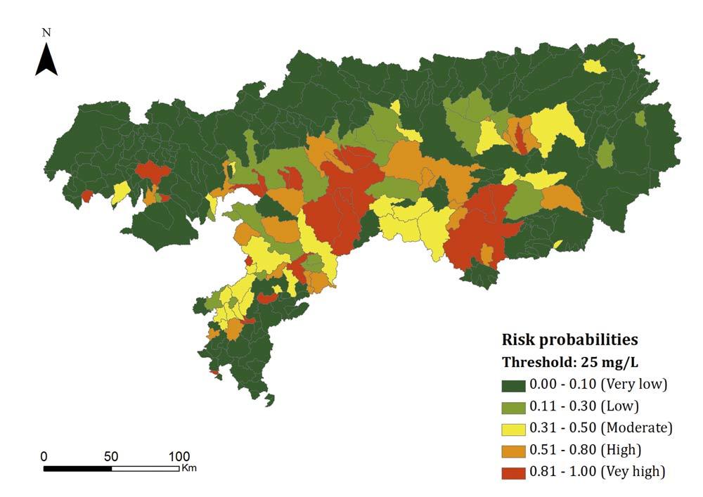 Estimación del riesgo de contaminación de humedales andaluces realizada con redes bayesianas.