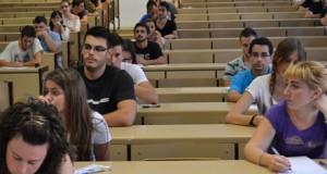 Examen de Selectividad en la UAL.
