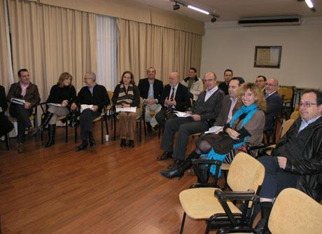 Imagen de archivo de una reunión entre el rector y los decanos de la UAL.