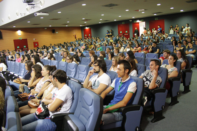 Alumnado-Facultad-de-Humanidades-y-Ciencias-de-la-Educacion