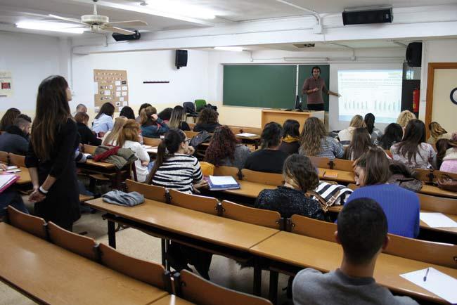 Centro de Trabajo Social en la Universidad de Almería.