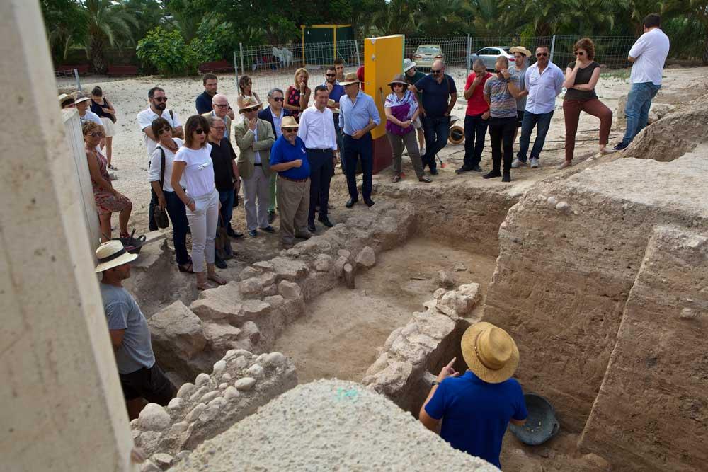 Visita al yacimiento arqueológico de La Alcudia.
