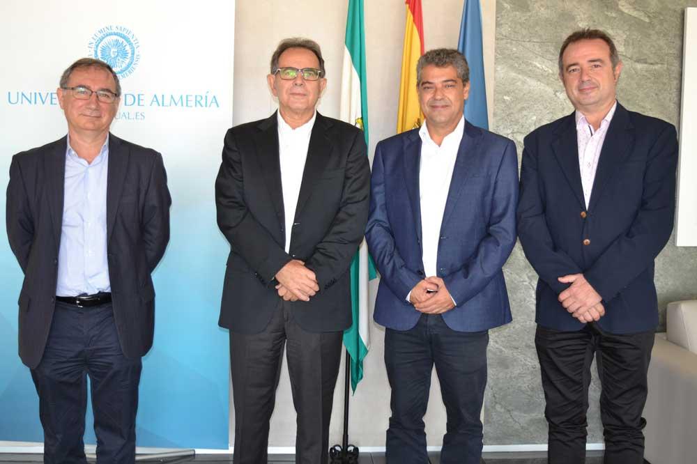 Avelino Corma se ha reunido con el rector de la UAL.