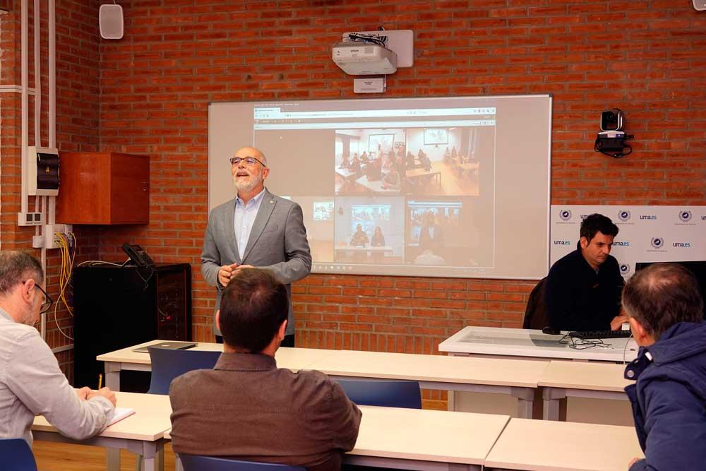 Aula de docencia avanzada de la Universidad de Málaga.