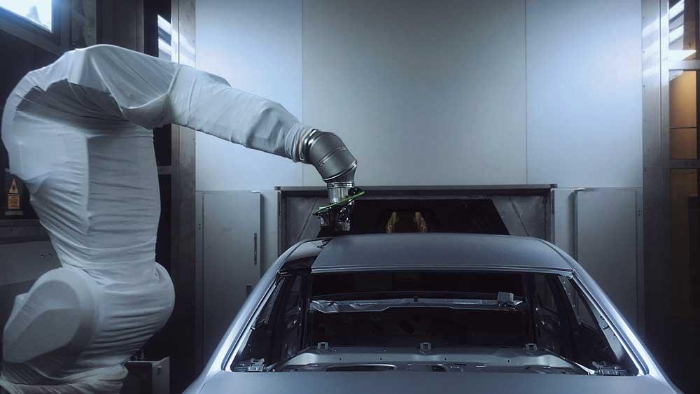 El máster en tecnología del color te prepara para trabajar en el sector de la automoción.