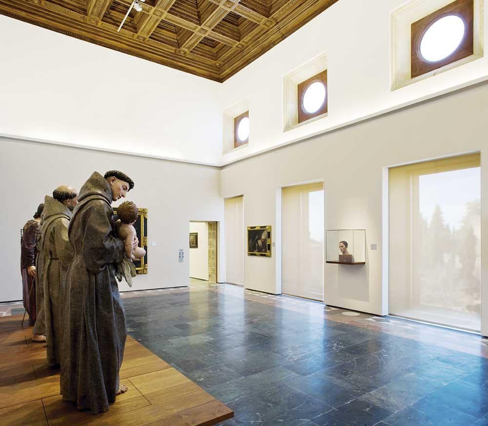 El Grado en Historia del Arte te permite trabajar en museos como de Bellas Artes de Granada.