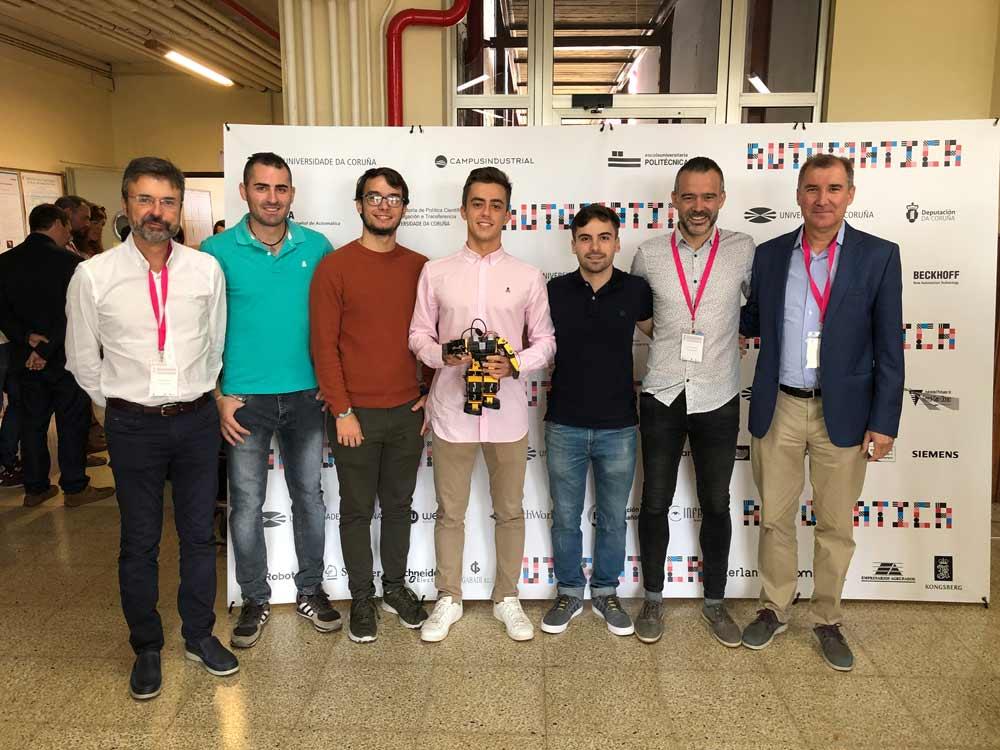 Alumnos de la UAL ganadores del Concurso Nacional de Ingeniería de Control.