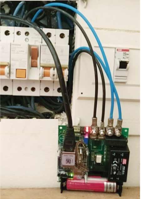 contador eléctrico inteligente conectado a la red eléctrica