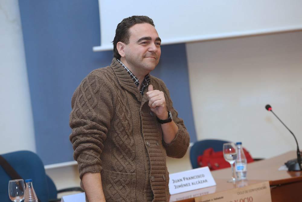 Juan Francisco Jiménez, destaca el poder transformador de pandemias y epidemias.