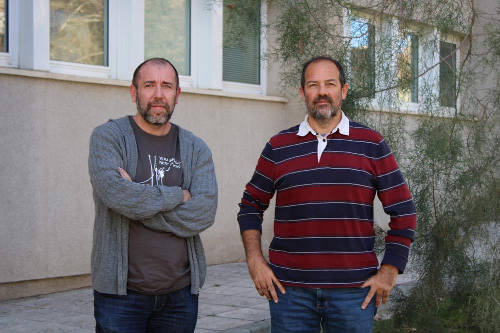 Julio Alcántara y Pedro Rey, investigadores de la UJA.