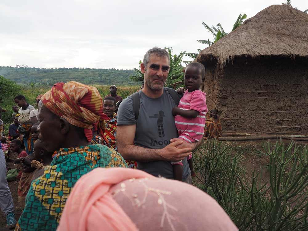 Roberto García, investigador de la UJA, que ha coordinado el proyecto científico transferido a los batwa.