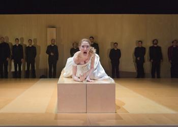 Teatro del siglo de oro e indie pop para este fin de for Teatro en sevilla este fin de semana